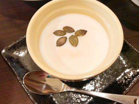 台湾料理「銭記」 かぼちゃプリン