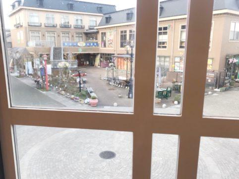 シフォンケーキ「1」 窓からの景色